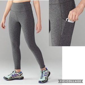The North Face Motivation High Rise Pocket 7/8 Tights Leggings